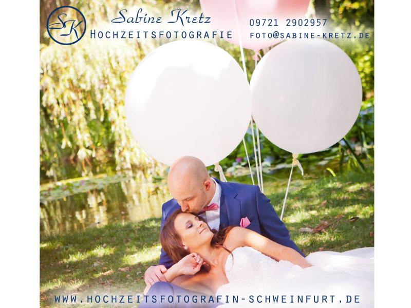 Hochzeitsfotografie  LEIDENSCHAFT, DIE MAN SEHEN UND SPÜREN KANN  Ich liebe Hochzeiten, ich liebe das Fotografieren und ich liebe es mit Menschen zu arbeiten. Was also könnte ich besser machen, als Hochzeiten zu fotografieren? Richtig, nichts ; )
